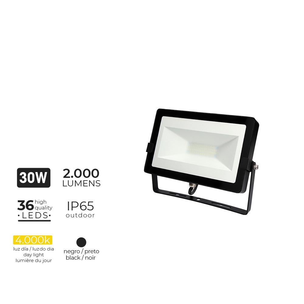 "Foco Proyector Led  30W 4000K 2000 Lumens ""Black Edition"" Lumeco"